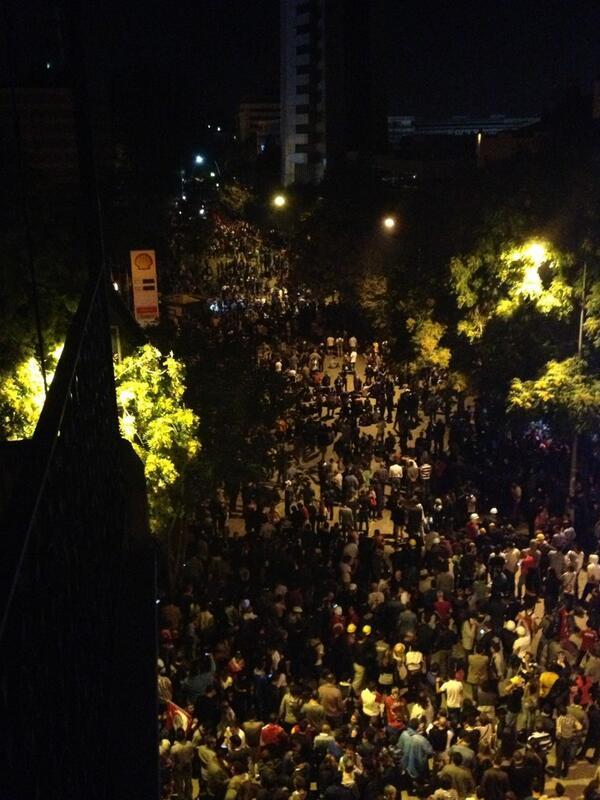 Κέντρο Άγκυρας φωνάζει παντού Ταξίμ παντού αντίσταση